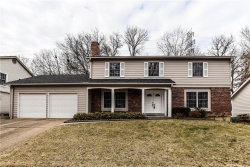 Photo of 15471 Long Castle Forest, Chesterfield, MO 63017-7447 (MLS # 18003816)