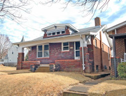Photo of 1900 Forest Avenue, St Louis, MO 63139 (MLS # 18008017)