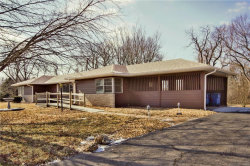 Photo of 578 Crossing Lane, Glen Carbon, IL 62034-1575 (MLS # 18008309)