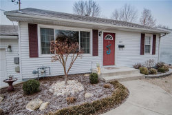 Photo of 825 Victory Drive, Collinsville, IL 62234-6223 (MLS # 18009146)