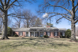Photo of 3033 Fallbrook Drive, Frontenac, MO 63131 (MLS # 18018520)