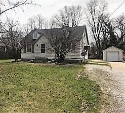 Photo of 116 East Country, Collinsville, IL 62234-4801 (MLS # 18025861)