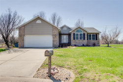Photo of 400 Copper Bend Road, Maryville, IL 62062 (MLS # 18026121)