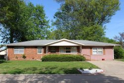 Photo of 803 Dolphin Drive, Highland, IL 62249-1721 (MLS # 18036836)