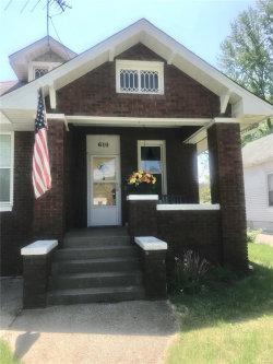 Photo of 610 Hillsboro Avenue, Edwardsville, IL 62025-1819 (MLS # 18038751)