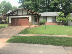 Photo of 1006 Treetop Trail Drive, Manchester, MO 63021-7719 (MLS # 18051745)
