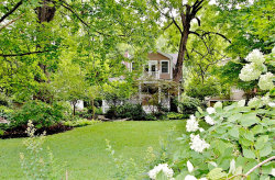 Photo of 138 South Gore Avenue, Webster Groves, MO 63119-2902 (MLS # 18056872)