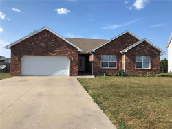 Photo of 1271 Britney, Lebanon, MO 65536 (MLS # 18062622)