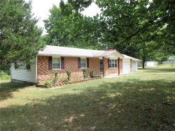 Photo of 25586 Nugget Drive, Lebanon, MO 65536 (MLS # 18064352)