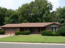 Photo of 42 Glendale Drive, Glen Carbon, IL 62034-6203 (MLS # 18064783)
