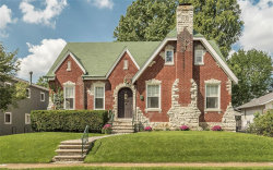 Photo of 19 Midpark Lane, Ladue, MO 63124-1556 (MLS # 18074007)