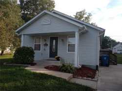 Photo of 114 North 2nd Avenue, Edwardsville, IL 62025-2555 (MLS # 18080804)