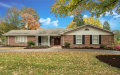 Photo of 738 Country Manor Lane, Creve Coeur, MO 63141-6640 (MLS # 18086637)