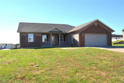 Photo of 133 Blue Willow Lane, Cape Girardeau, MO 63701 (MLS # 18087528)