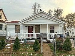 Photo of 118 East Etta Avenue, St Louis, MO 63125-2119 (MLS # 18090807)