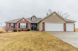 Photo of 518 Oakbluff, Troy, MO 63379-2048 (MLS # 19005956)
