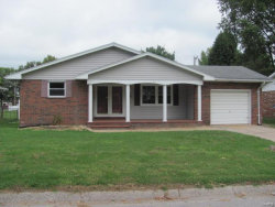 Photo of 147 Ash, Wood River, IL 62095-1343 (MLS # 19014462)