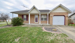 Photo of 10 Crest Drive, Highland, IL 62249-1086 (MLS # 19021749)