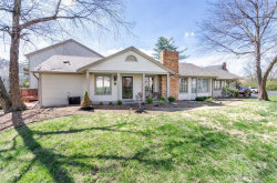 Photo of 2306 Manor Grove Drive, Chesterfield, MO 63017 (MLS # 19026870)