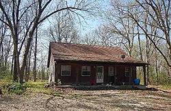 Photo of 2015 Old Highway 61, Troy, MO 63379 (MLS # 19027413)