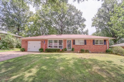 Photo of 142 West Cascade Drive, Columbia, IL 62236 (MLS # 19046111)