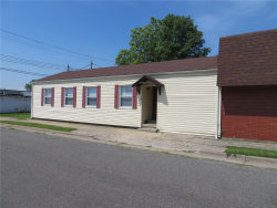 Photo of 256 East Lorena Avenue, Wood River, IL 62095-2020 (MLS # 19047758)