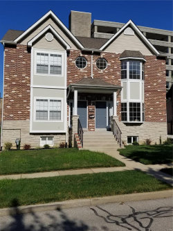 Photo of 1033 Yale Avenue , Unit A, St Louis, MO 63117-1820 (MLS # 19053940)
