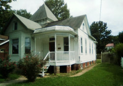 Photo of 402 East Vandalia Street, Edwardsville, IL 62025-1718 (MLS # 19059760)