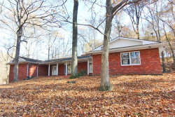 Photo of 3250 Lakewood Drive, Cape Girardeau, MO 63701-1925 (MLS # 19060764)