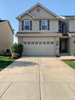 Photo of 6815 Hampshire Court, Maryville, IL 62062 (MLS # 19067750)