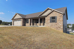 Photo of 3582 Millview Crossing, Cape Girardeau, MO 63701 (MLS # 19069864)