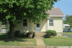 Photo of 555 Hamilton Avenue, Wood River, IL 62095-1541 (MLS # 19070235)