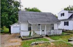 Photo of 420 Louis Street, Cape Girardeau, MO 63703 (MLS # 20003239)