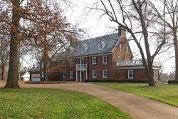 Photo of 45 Overhills Drive, Ladue, MO 63124-1531 (MLS # 20004421)