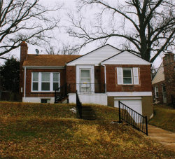 Photo of 1544 Moore Place, University City, MO 63130-1406 (MLS # 20005792)