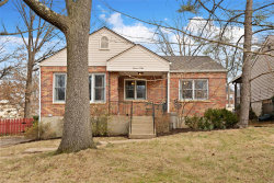 Photo of 1102 Pinetree Lane, Webster Groves, MO 63119 (MLS # 20008618)