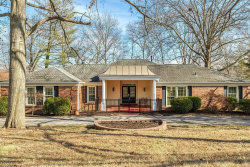 Photo of 15136 Isleview Drive, Chesterfield, MO 63017-7744 (MLS # 20009309)