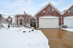 Photo of 17 Lindbergh Place Terr, St Louis, MO 63146-5922 (MLS # 20012677)