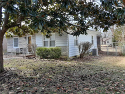 Photo of 210 South Dixon Street, Carbondale, IL 62901 (MLS # 20020308)