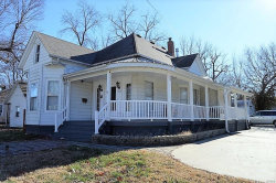 Photo of 313 West Sycamore Street, Carbondale, IL 62901 (MLS # 20020397)