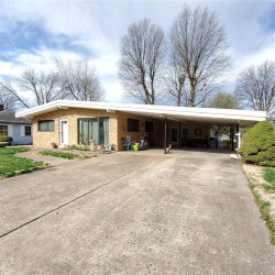 Photo of 1714 Garfield Avenue, Granite City, IL 62040-3828 (MLS # 20020689)
