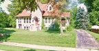 Photo of 8 Oak Knoll Place, Belleville, IL 62223-1817 (MLS # 20029312)