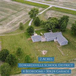 Photo of 4930 North State Route 157, Edwardsville, IL 62025 (MLS # 20038015)