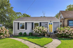 Photo of 818 Sanders Place, St Louis, MO 63126-1224 (MLS # 20055221)