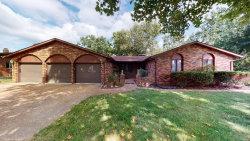 Photo of 160 Hillcrest, Glen Carbon, IL 62034-1830 (MLS # 20062643)