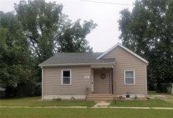 Photo of 946 Rountree, Hillsboro, IL 62049 (MLS # 20063057)