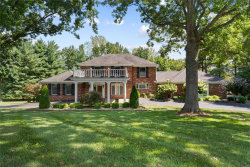 Photo of 47 Muirfield Lane, Town and Country, MO 63141-7373 (MLS # 20063644)