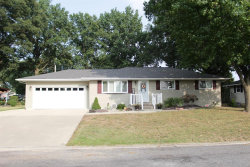 Photo of 1513 Paradise Drive, Highland, IL 62249-2324 (MLS # 20067862)