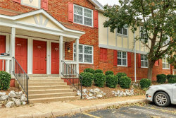 Photo of 8909 North Swan Circle, St Louis, MO 63144 (MLS # 20068436)