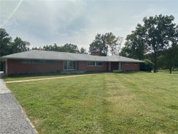 Photo of 6 Meadow Acres, St Louis, MO 63124-1460 (MLS # 20068610)
